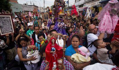 Rosario de la Santa Muerte, en Tepito, México DF.