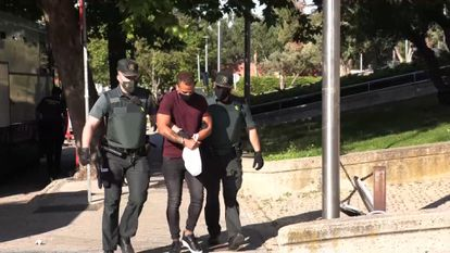 El acusado conocido como 'El Nene', a su llegada a la Audiencia Provincial, donde se le juzga por homicidio,