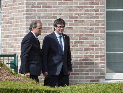 El presidente Quim Torra, junto a Puigdemont en Waterloo el pasado mes de julio. En vídeo, sus declaraciones.