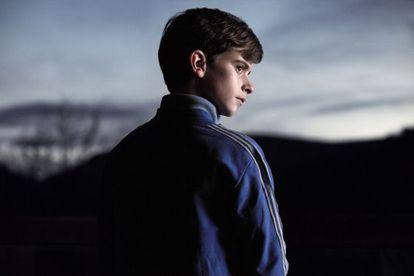 El joven actor Swann Nambotin, Víctor en la serie 'Les Revenants'
