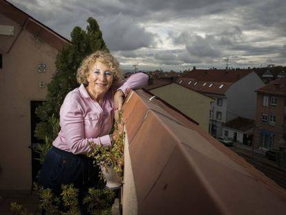 Carmen Velasco, en su casa de El Molar, cerca de Madrid.
