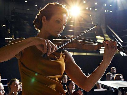 Matleena Kuusniemi, en 'La violinista'.