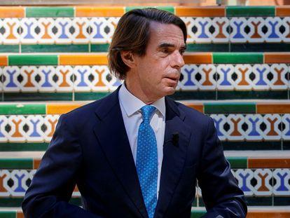 El expresidente del Gobierno José María Aznar, durante su intervención en la convención nacional del PP en Sevilla este jueves. En vídeo, la burla de Aznar hacia López Obrador.
