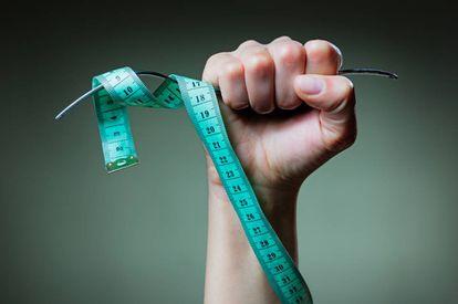 """""""Se trata de aprender a comer y de incorporar estos hábitos a nuestro día a día y no solo en momentos puntuales en los que queremos seguir una dieta determinada"""", dice el especialista."""