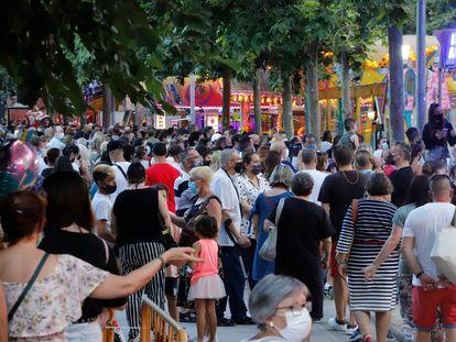 Concentración de gente en la fiesta mayor de Terrasa.