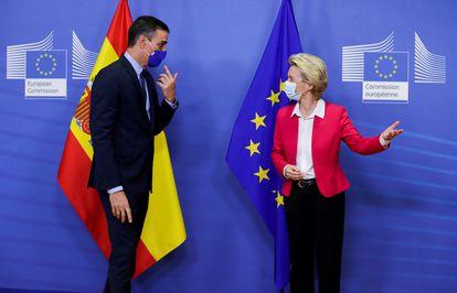 Pedro Sánchez y Ursula von der Leyen, antes de reunirse en Bruselas el pasado septiembre.