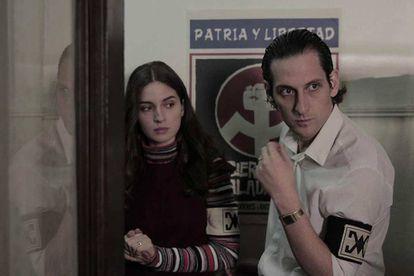 María Valverde y Gabriel Urzúa, en 'Araña'.