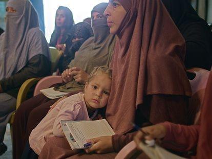 Imagen de 'El retorno: la vida después del ISIS', de Alba Sotorra.