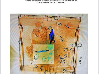 Imagen del contenido de las cartas con amenazas dirigidas a Grande-Marlaska, Iglesias y Gámez que mostró el escáner de Correos.