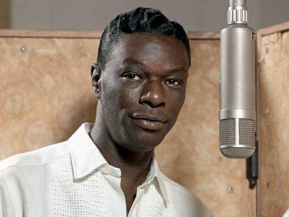 El músico de jazz Nat King Cole.