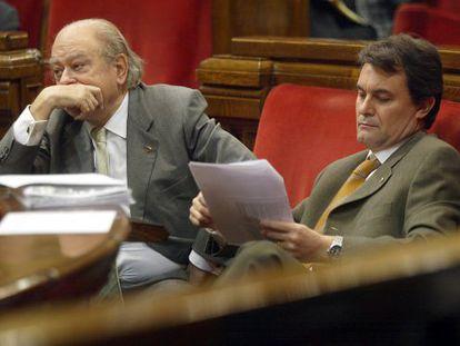 Jordi Pujol y Artur Mas, en un debate en noviembre de 2002.