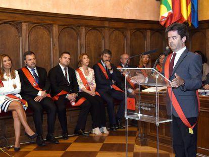 Luis Felipe, durante su toma de posesión como alcalde de Huesca, el pasado sábado.