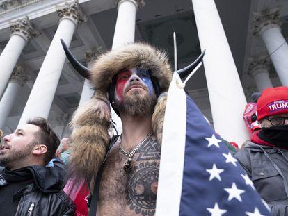 Seguidores de Donald Trump que asaltaron este miércoles el Capitolio de Estados Unidos.