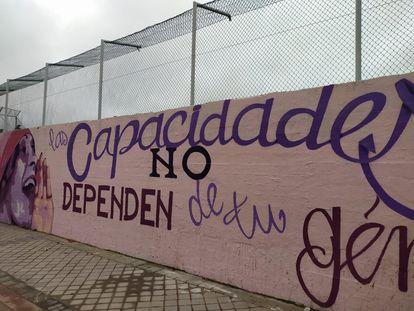 El mural de Ciudad Lineal que ha generado polémica en el Ayuntamiento de Madrid  UGT