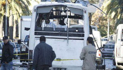 El autobús de la guardia presidencial atacado por el ISIS el pasado noviembre.
