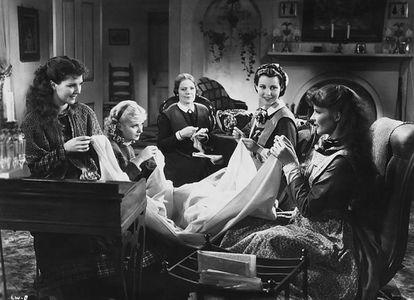 'Mujercitas' en la primera versión para el cine, que dirigió George Cukor en 1933.
