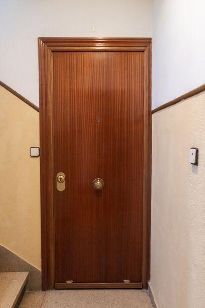 Puerta del domicilio de Ana.