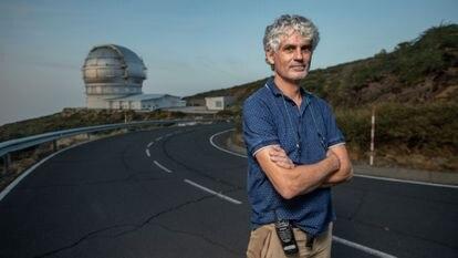 El ingeniero Javier Castro, jefe de Desarrollo del Gran Telescopio Canarias (GRANTECAN). Observatorio del Roque de los Muchachos. Isla de La Palma. 2 de octubre, 2021. Foto: Saúl Ruiz.