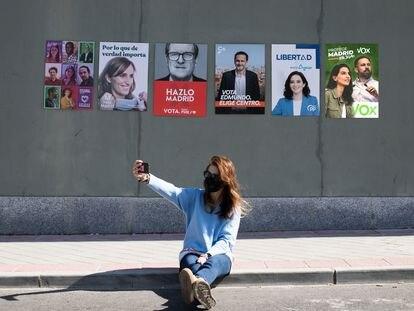 Carteles electorales de los candidatos a la presidencia de la Comunidad de Madrid.