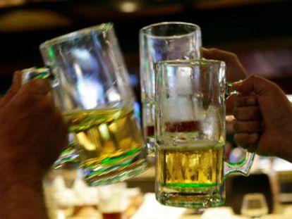 Incluso los bebedores moderados aumentan sus posibilidades de sufrir siete tipos de cáncer