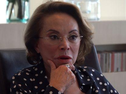 Elba Esther Gordillo, exlíder del Sindicato Nacional de Trabajadores de la Educación (SNTE), tras una entrevista con EL PAÍS en su casa de Ciudad de México en febrero de 2020.