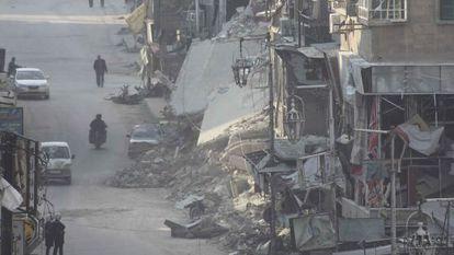 Edificios dañados por misiles en el suburbio damasceno de Duma, el pasado 17 de diciembre.