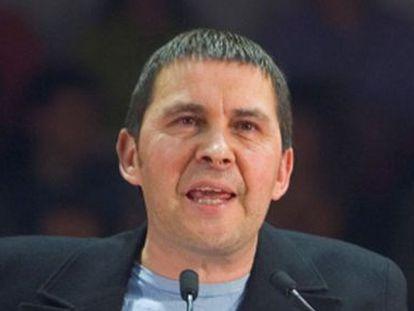 Mitin de Otegui para presentar el manifiesto 'Euskal Herri Berria' en 2007.