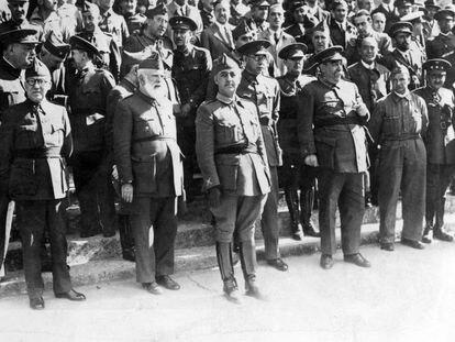 Franco en Burgos el 1 de octubre de 1936, el día de su investidura como jefe del Estado.