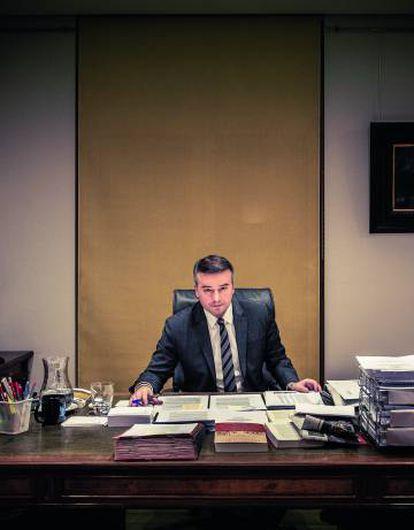 Iván Redondo, director del gabinete de Pedro Sánchez, en su despacho de La Moncloa.