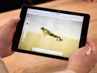Apple renueva su tableta centrándose en la educación con el precio como reclamo principal
