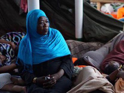 Malta e Italia aceptan evacuar a dos mujeres y un hombre por razones médicas