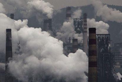 Plantas de generación de electricidad con carbón en Hebei, China.