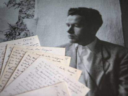Manuscritos de los dos ensayos inéditos de Juan Rulfo, mostrados en la sede de la Fundación Rulfo