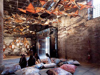 Propuesta de Benedetta Tagliabue y del estudio EMBT para el Arsenal durante la Bienal.