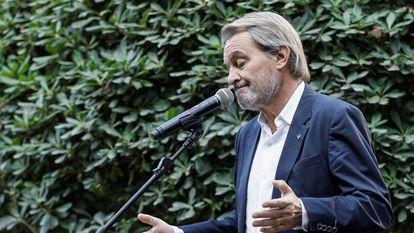 El expresidente de la Generalitat de Cataluña, Artur Mas, atiende a los medios, el pasado 14 de octubre.