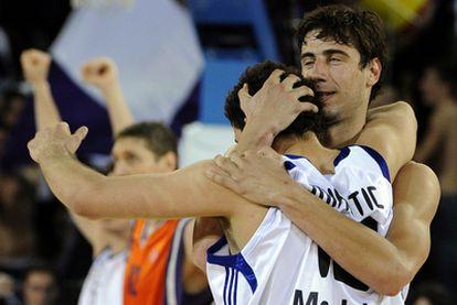 Tomic y Mirotic celebran el triunfo