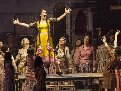 Un momento de 'Carmen', en la Opera de Firenze.