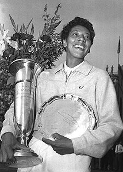 Althea Gibson cuando ganó en Forest Hills en 1957.