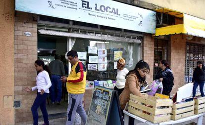 La biblioteca popular Manuel Ugarte, en el barrio porteño de Parque Chacabuco.