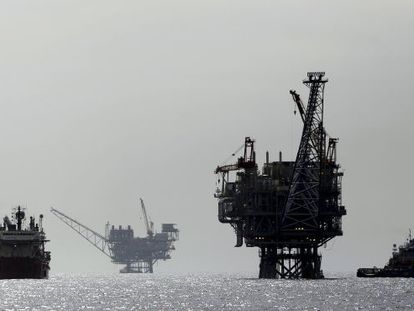 Plataforma gasista próxima al puerto de Ashdod.