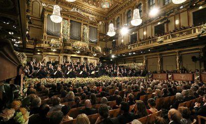 Vista de la Sala de oro del Musikverein en Vienna durante el Concierto de Año Nuevo