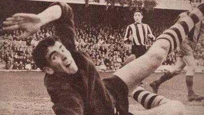 Iribar, contra el Barça en 1962.