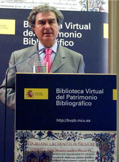 César Antonio Molina, durante la inauguración de la la Biblioteca Virtual de Patrimonio Bibliográfico