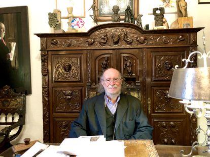 El musicólogo Joaquín Díaz en el despacho de la Fundación que lleva su nombre.