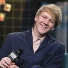 """NEW YORK, NEW YORK - JANUARY 15: Actor/creator Josh Thomas attends the Build Series to discuss """"Everything's Gonna Be Okay"""" at Build Studio on January 15, 2020 in New York City. (Photo by Jim Spellman/Getty Images)"""