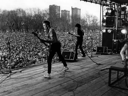Fotograma de 'White Riot', de Rubica Shah, del festival Rock Against Racism en el Victoria Park londinense, el 30 Abril 1978.