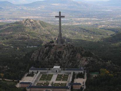 El Valle de los Caídos, desde Peguerinos. En vídeo, verdades y mitos históricos del Valle de los Caídos.