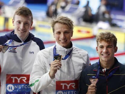 Max Lichtfield, David Verraszto y Joan Lluís Pons, los medallistas en los 400 estilos.