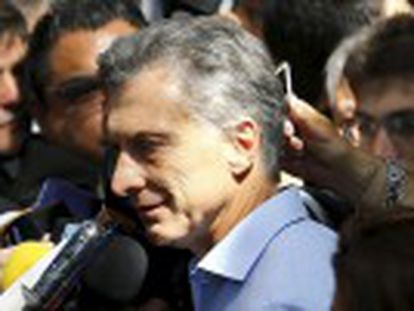 El candidato liberal logra una ajustada victoria de 51,6% contra el 48,3% del kirchnerista Scioli