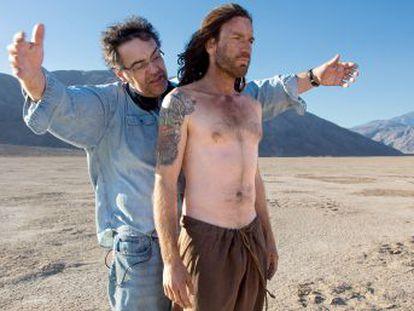 El cineasta Rodrigo García reflexiona sobre la relación paterno-filial y las dudas de un Jesús humano en  Últimos días en el desierto